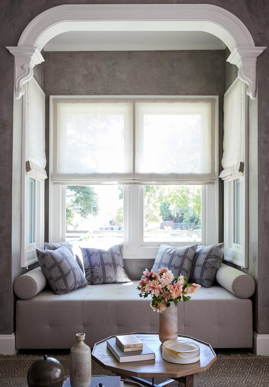 Jennifer_robins_interiors_projects_healdsburg_5_seating_bay_window