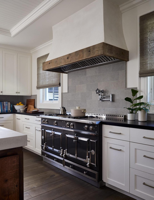 Jennifer_robins_interiors_projects_healdsburg_kitchen_hood_range_3a