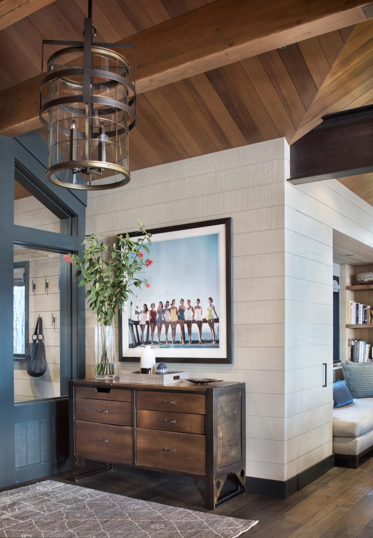 Jennifer_robins_interiors_projects_lake_tahoe_JRI lake tahoe1.5_entryway_vert