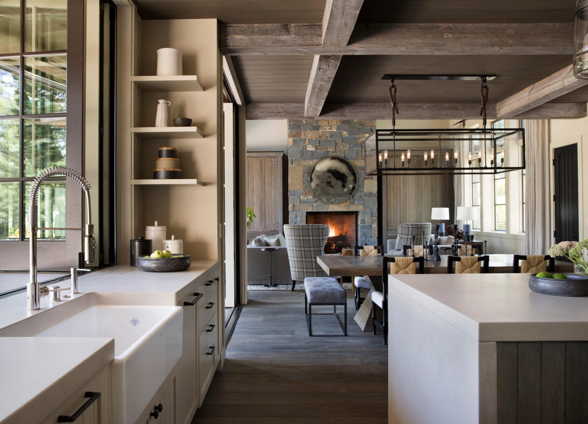 Jennifer_robins_interiors_projects_martis_camp_Del_Grand_04_HR_kithcnen_living_room_LR