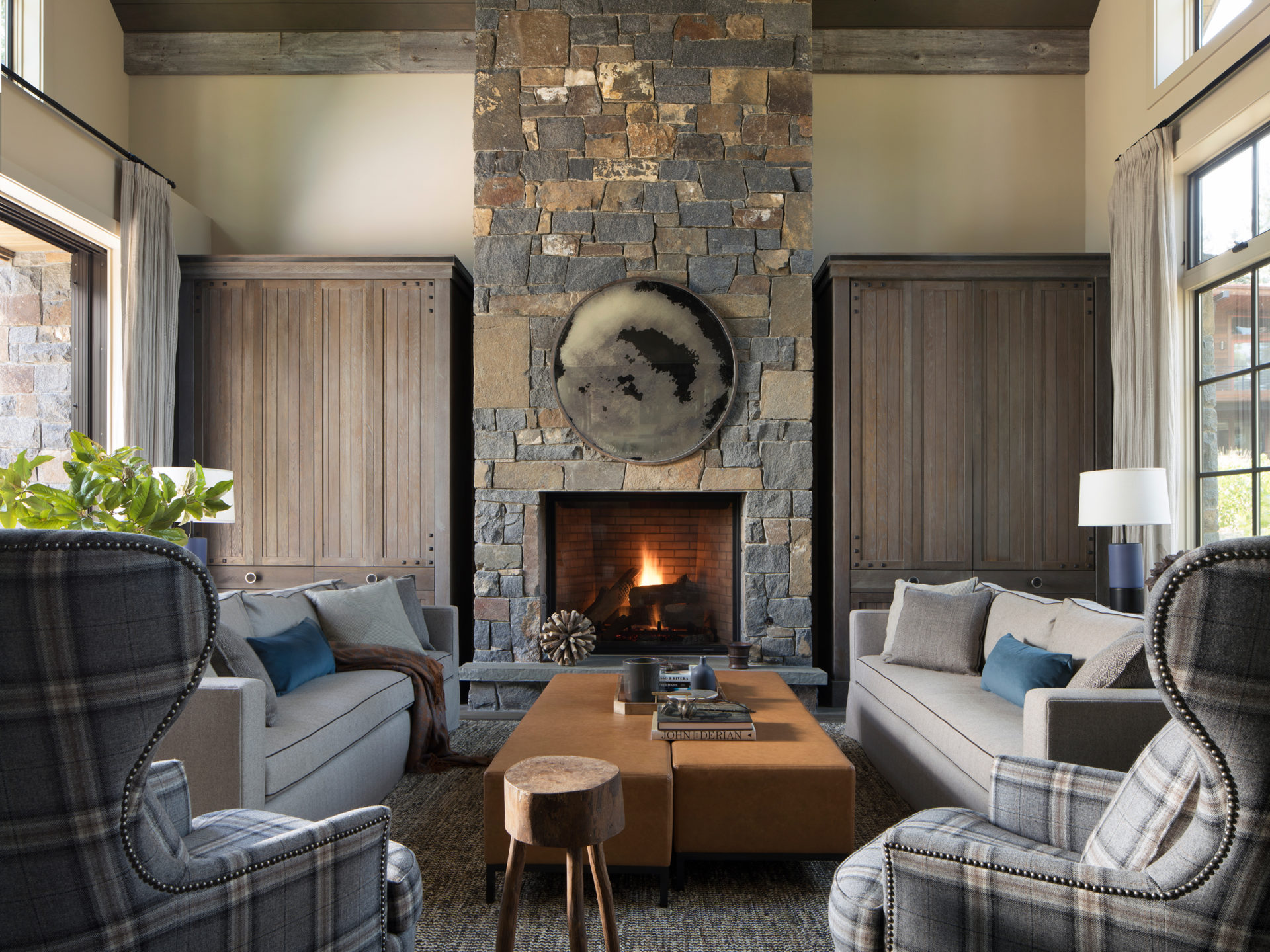 Jennifer_robins_interiors_projects_martis_camp_Del_Grand_06_HR_living_room_LR