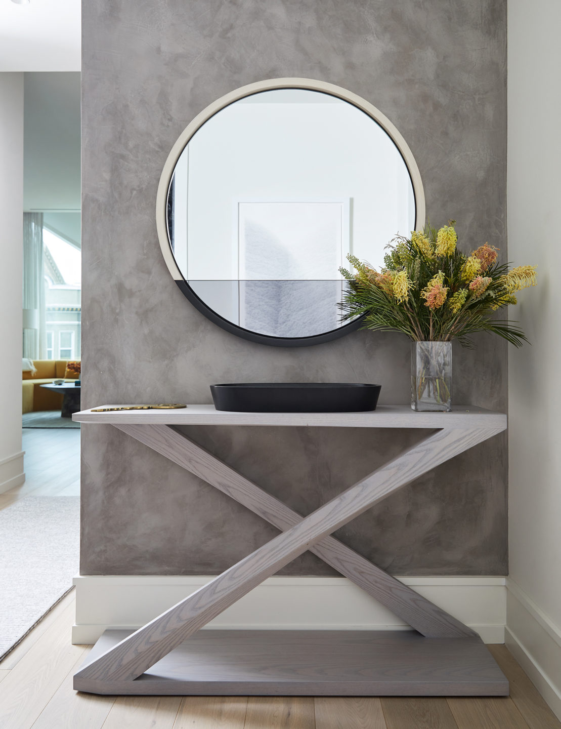 Jennifer_robins_interiors_projects_pacific_heights_SF_entryway_table_JRI.BarkerRes.Pacific_108
