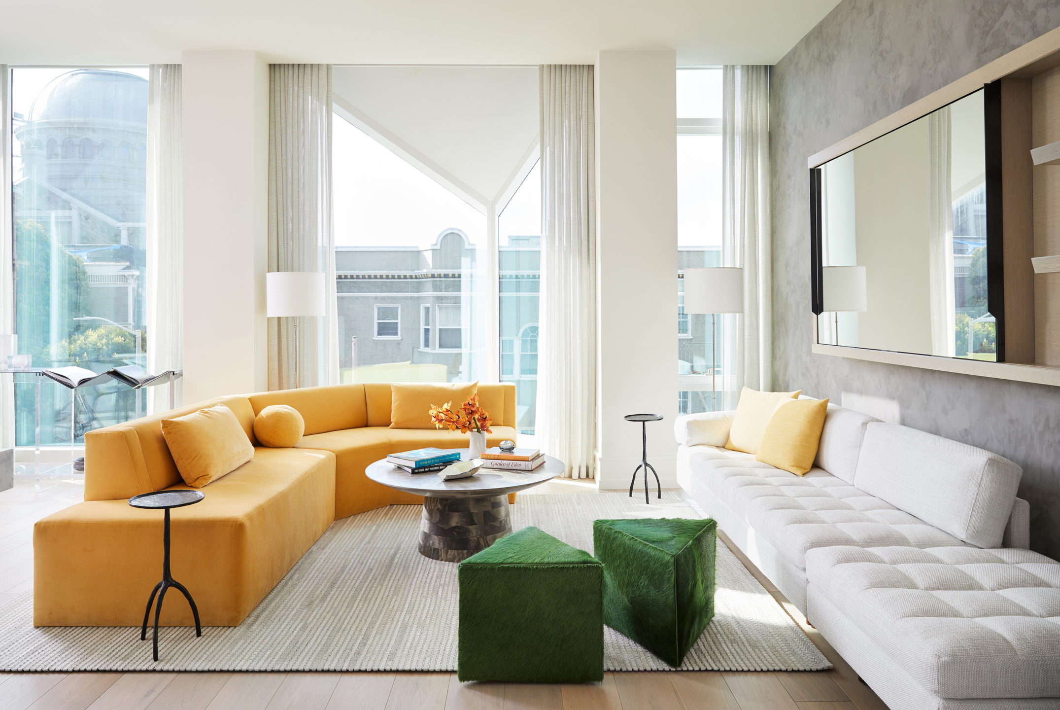 Jennifer_robins_interiors_projects_pacific_heights_SF_living_room_LR_1JRI.BarkerRes.Pacific_001