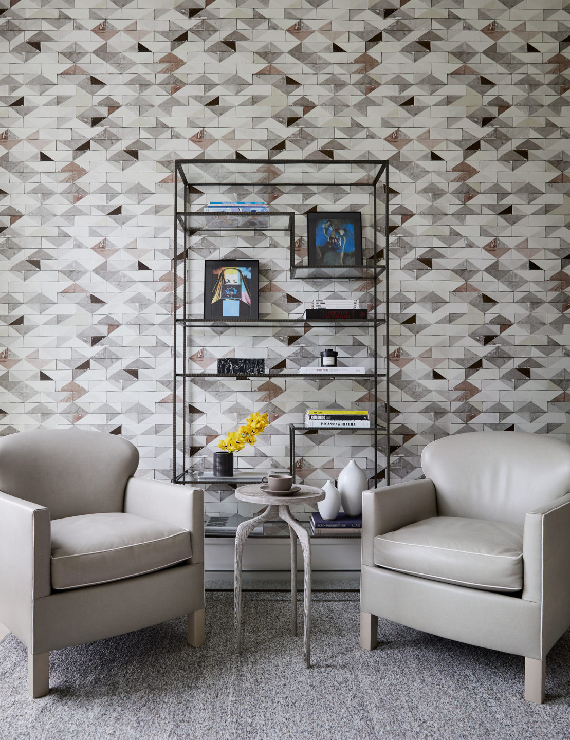 Jennifer_robins_interiors_projects_pacific_heights_SF_seating_bookcase_JRI.BarkerRes.Pacific_103