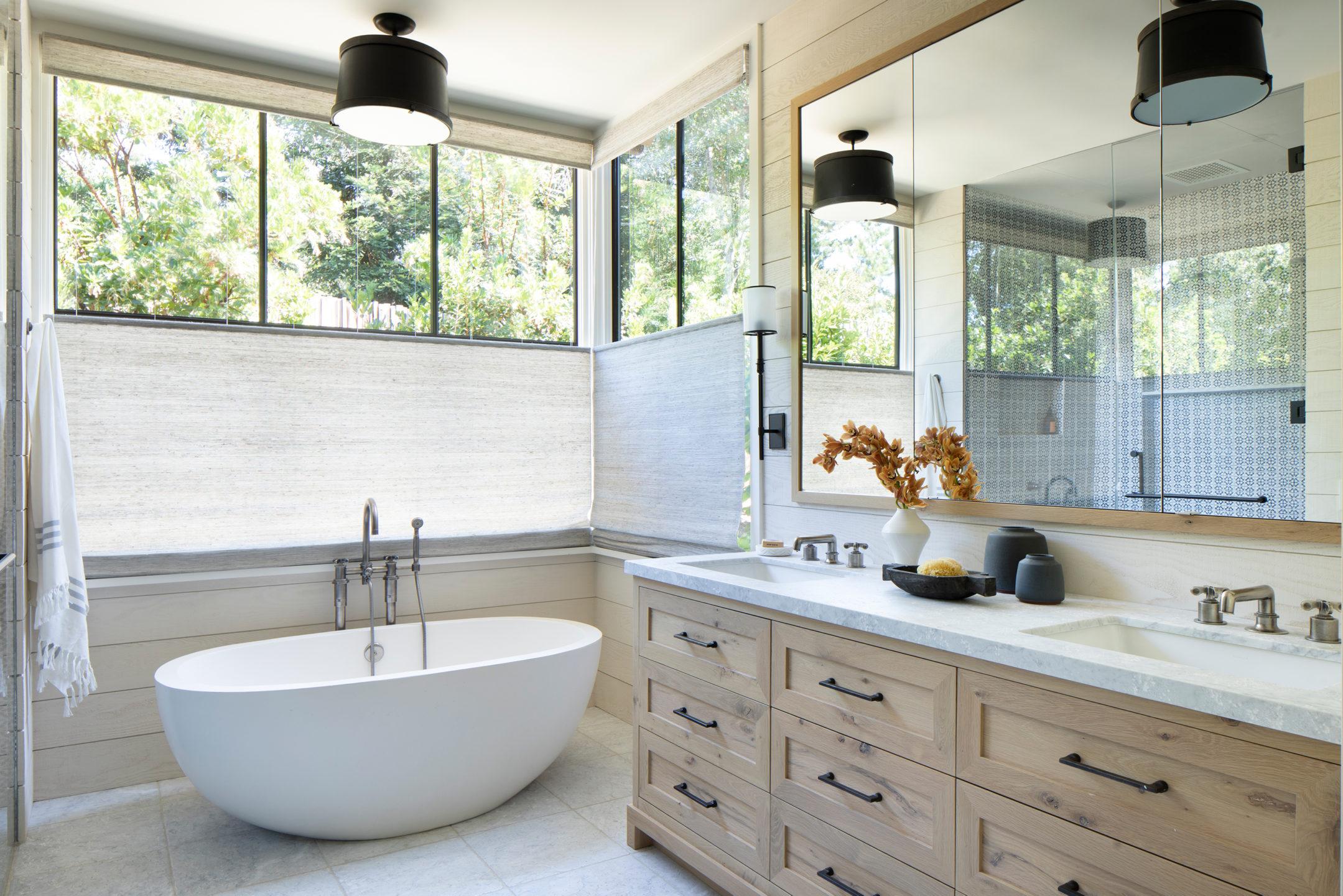 Jennifer_robins_interiors_projects_pacific_heights_portola_valley_bathroom_bath_tub_counter_Portola_26_HR