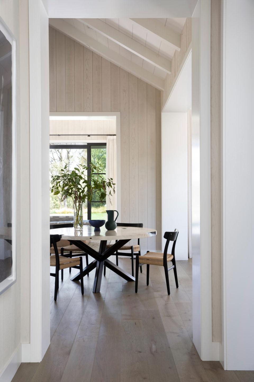 Jennifer_robins_interiors_projects_pacific_heights_portola_valley_hallway_dinette_4Portola_05_HR