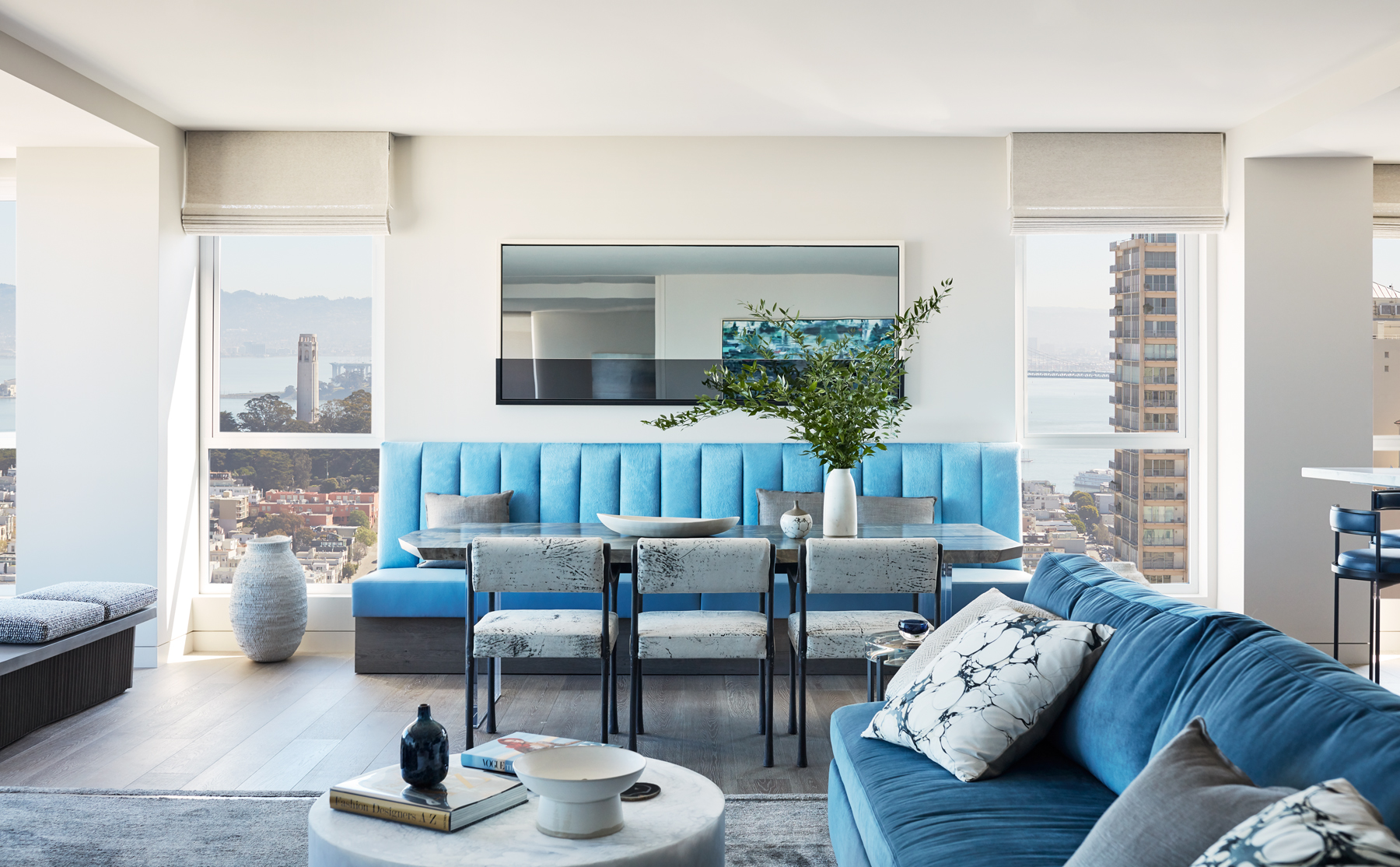 Jennifer_robins_interiors_projects_russian_hill_SF_4JRI.1070GreenSt_009_living_room_LR_eating_area