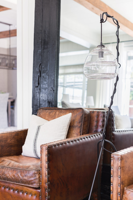 Jennifer_robins_interiors_projects_south_bay_©AlyssaRosenheck2016-52_chair_details
