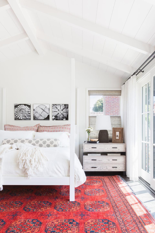 Jennifer_robins_interiors_projects_south_bay_AlyssaRosenheck2016-70_bedroom_BR