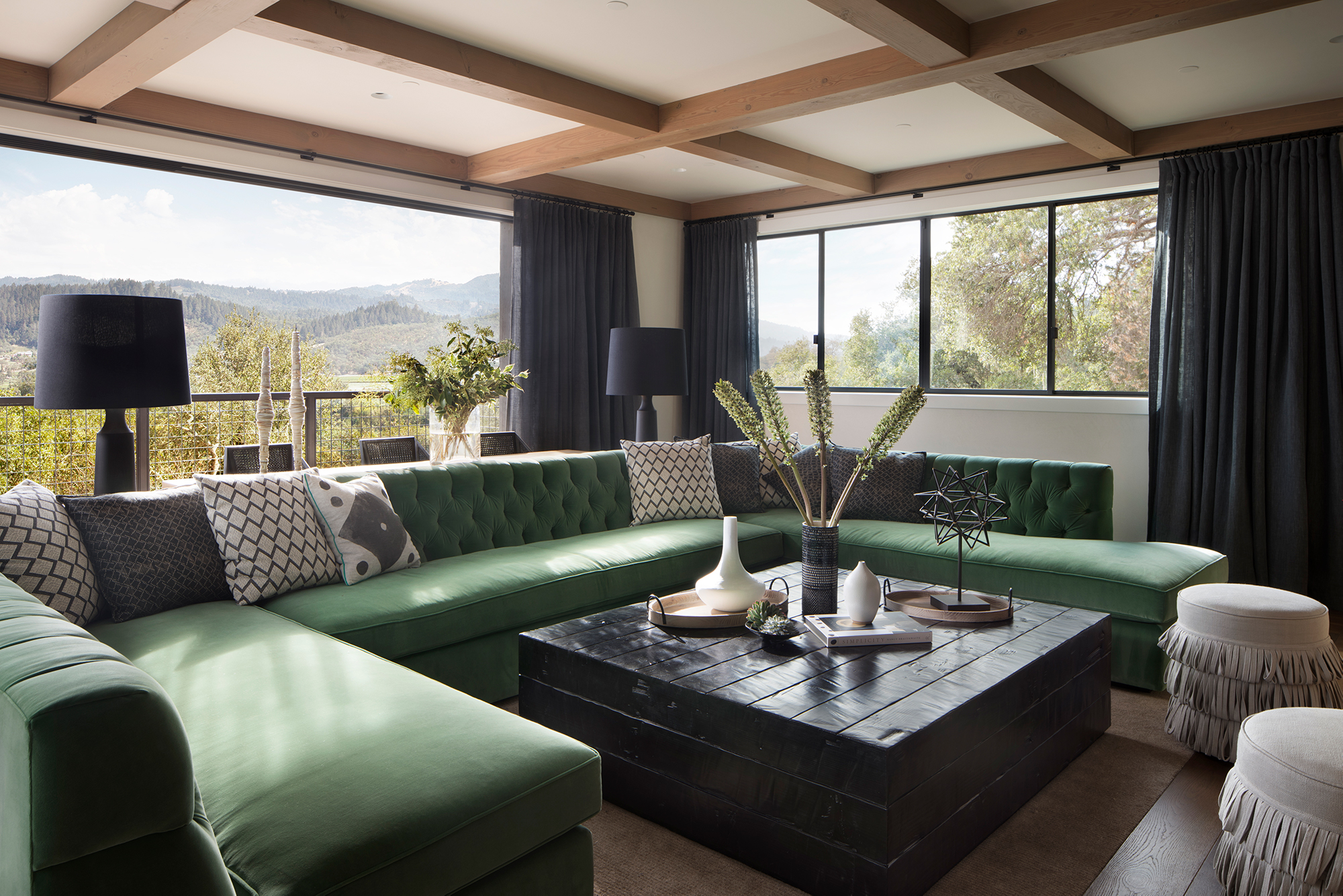 Jennifer_robins_interiors_projects_st_helena_IIII_Conn_15_HR_living_room_LR_couch