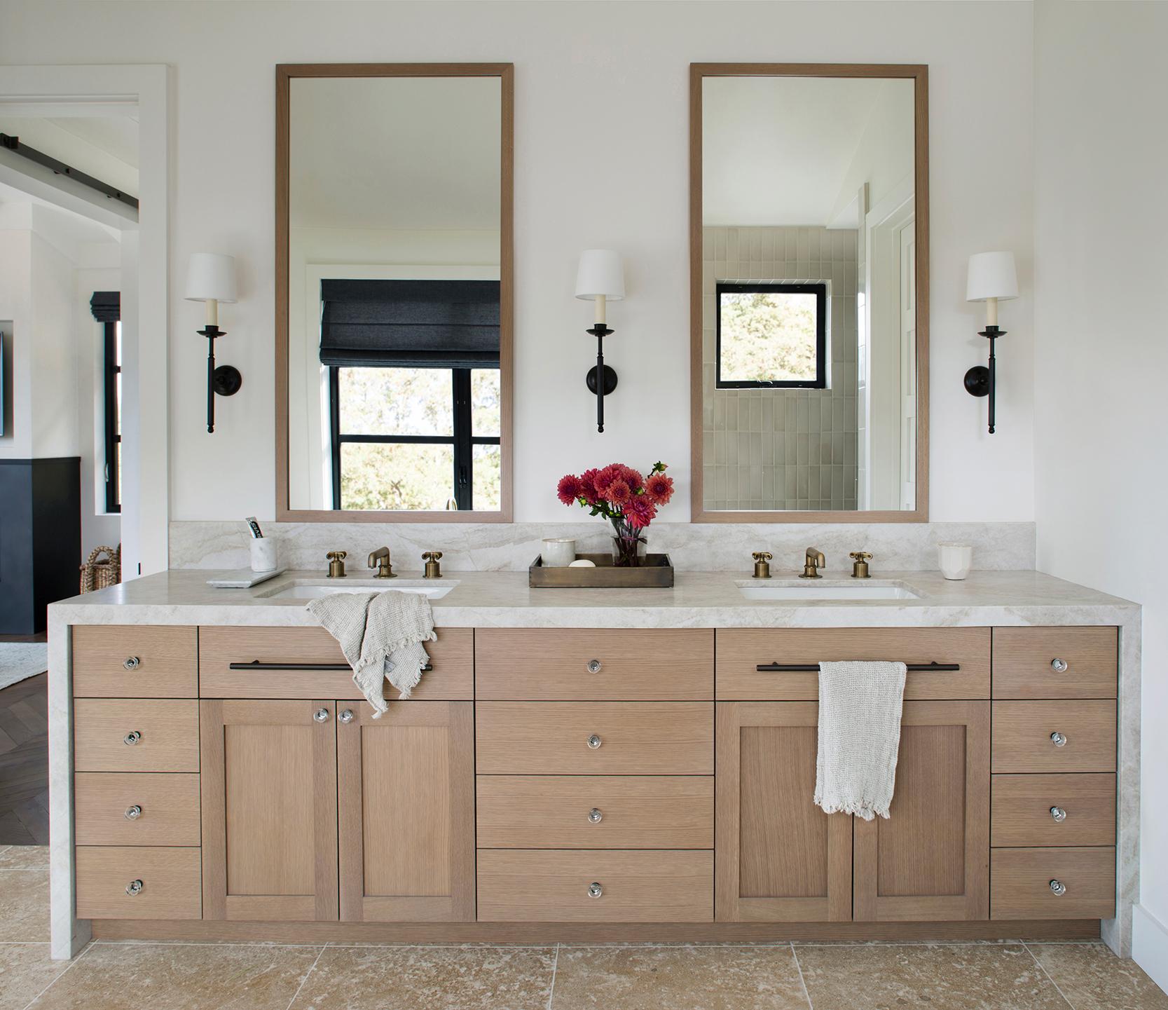 Jennifer_robins_interiors_projects_st_helena_IIII_Conn_24_HR_no_mirror_bathroom_vanity