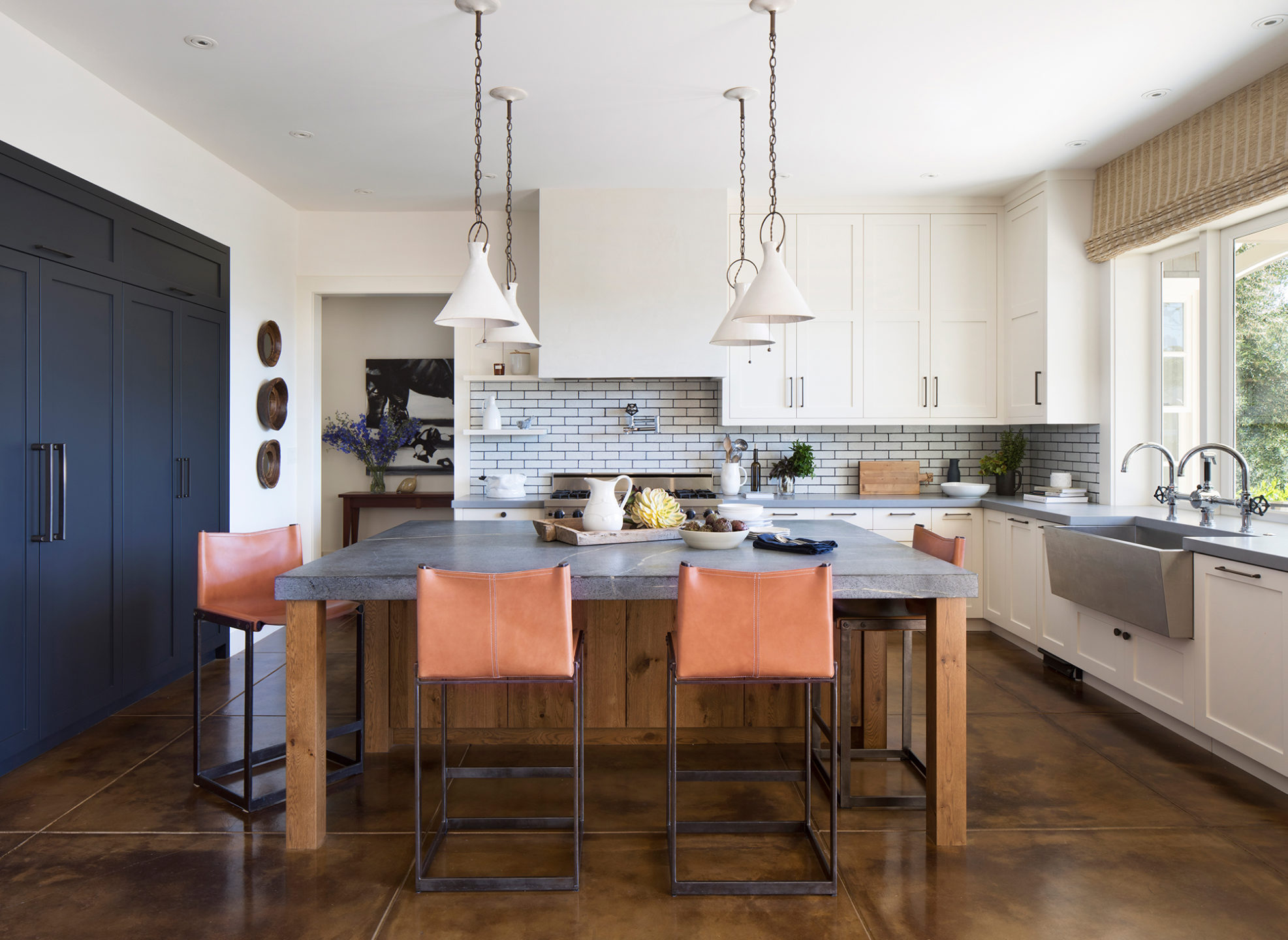 Jennifer_robins_interiors_projects_st_helena_III_8Fish_02_HR_kitchen