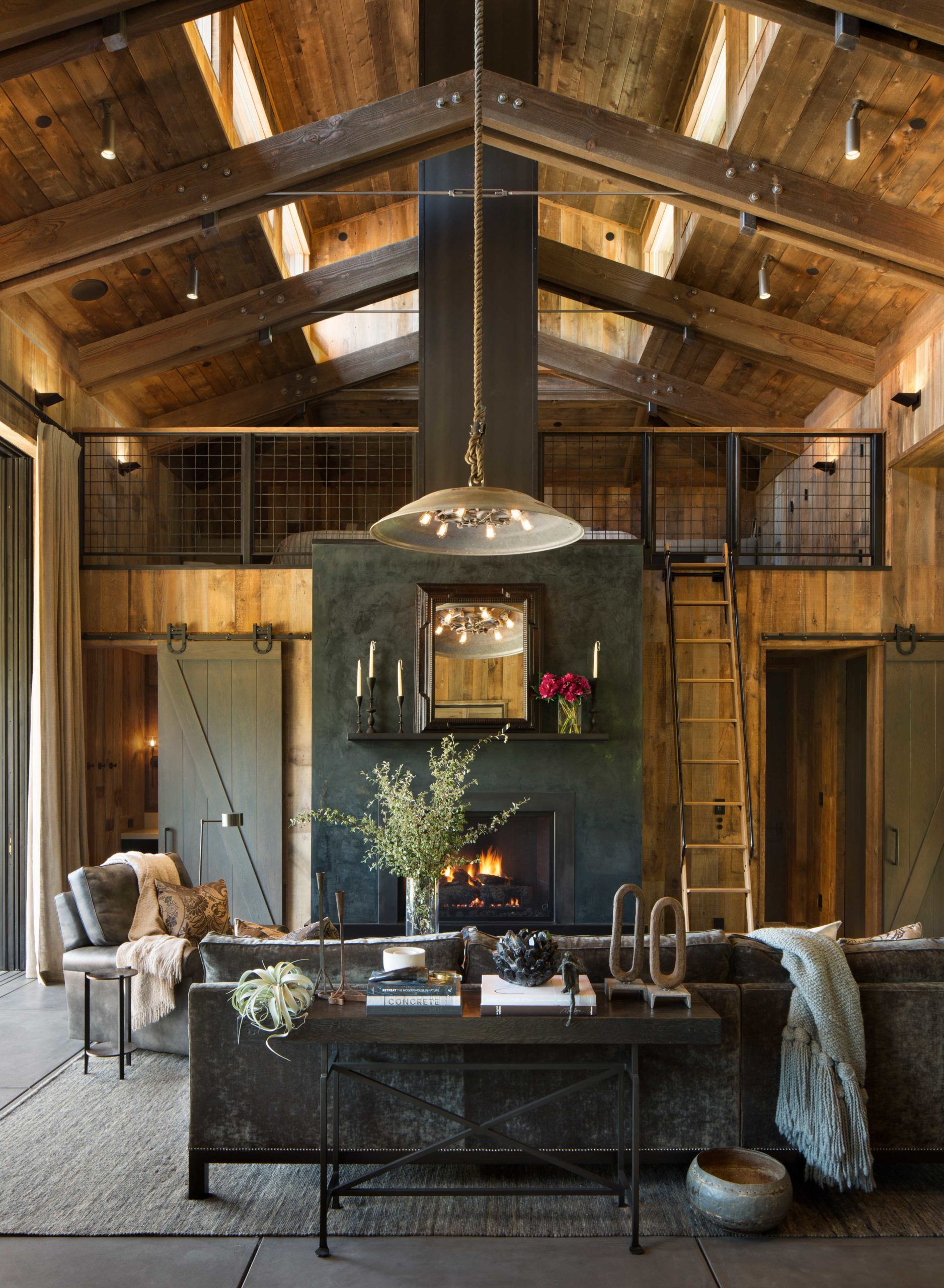Jennifer_robins_interiors_projects_st_helena_II_Bergman_02_HR_living_room_fireplace_couch