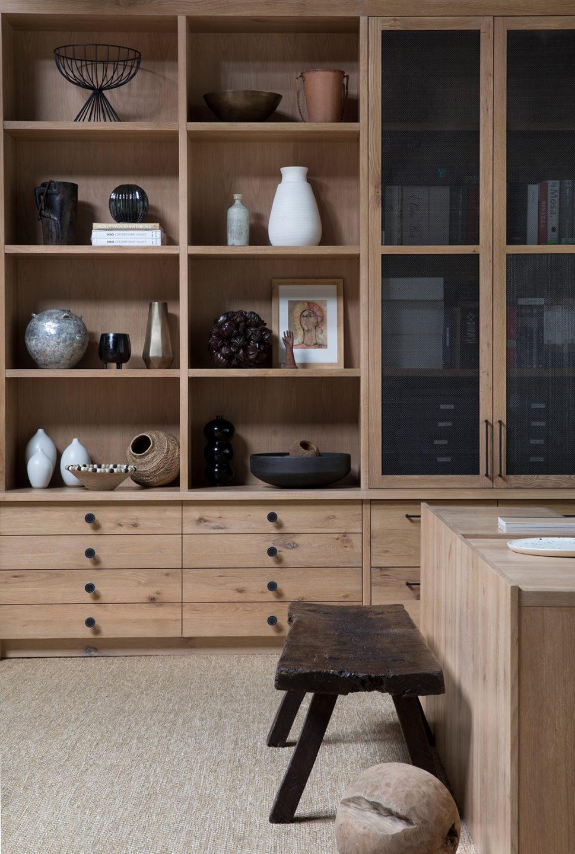 Jennifer_robins_interiors_projects_studio_4JR_Office_12_HR_book_shelf